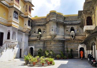 Bagore ki Haveli is a museum in Udaipur and also have rajasthani dance show in evening - Rajasthan - India - Traditional dance