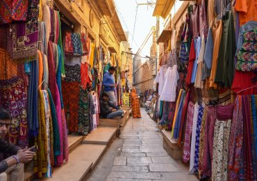 Colouful shops in Sonar Fort - Jaisalmer - Rajasthan - India