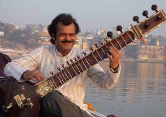 Private music convert- traditional Indian classical music - Sitar and table - Varanasi - Boat ride - Musician house - North - India